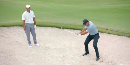 Bunker Technique - Jason Day & Tiger Woods