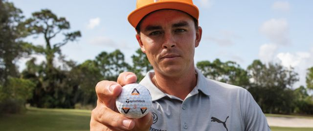 TP5 Pix Rickie Fowler Holding Ball